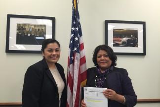Adi Nuñez and new US citizen Flavia Rodriguez